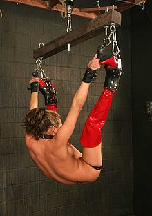 horizontal suspension bondage